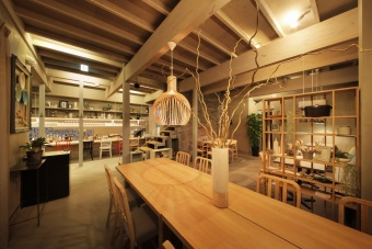 cafe&dining「inZONE TABLE」の様子(1)